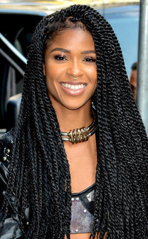 Hot pics Simone Battle tits