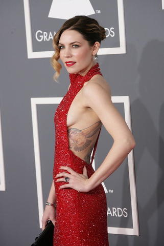 Skylar Grey topless picture