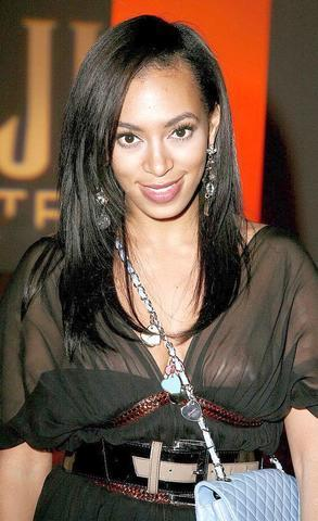 Solange Knowles nude image
