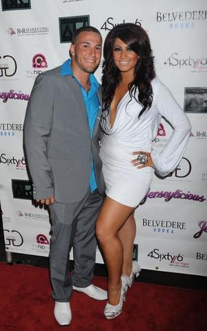 celebritie Tracy Dimarco 24 years inviting photography in the club