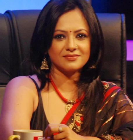 actress Sreelekha Mitra 2015 Without bra photography in the club