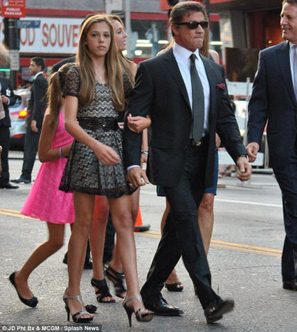 actress Sistine Rose Stallone 22 years bawdy pics home