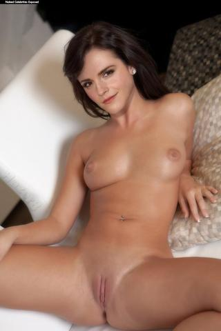 Naked Kimberly J. Brown image