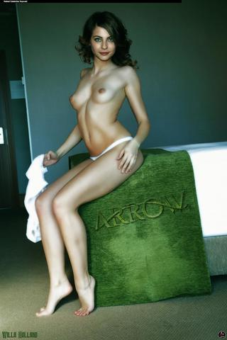 Naked Willa Holland photo