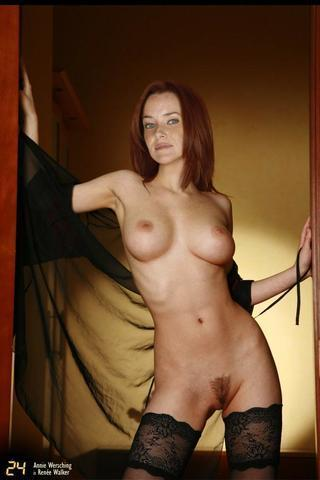 celebritie Annie Wersching 23 years nipple art in the club