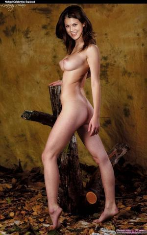 Lindsey Shaw nude photo