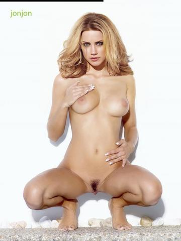models Amber Heard 24 years sensual photos home