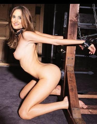celebritie Pippa Middleton young Uncensored photo in the club