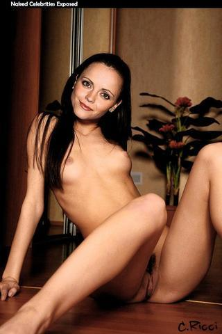 actress Christina Ricci young concupiscent image beach