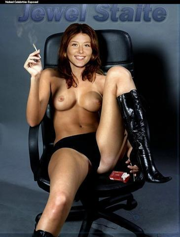 actress Jewel Staite 20 years undressed image in public