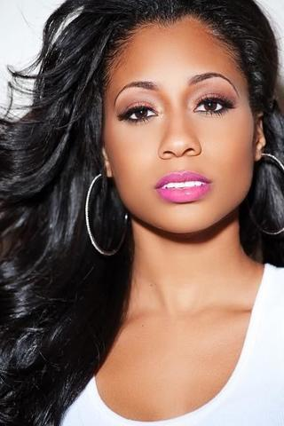 models Tiffany Evans 24 years k naked photography in the club