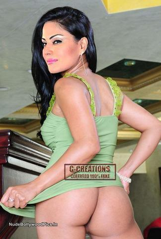 Veena Malik topless photography