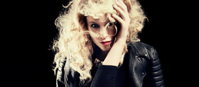 actress Kiera Chaplin 20 years carnal picture home