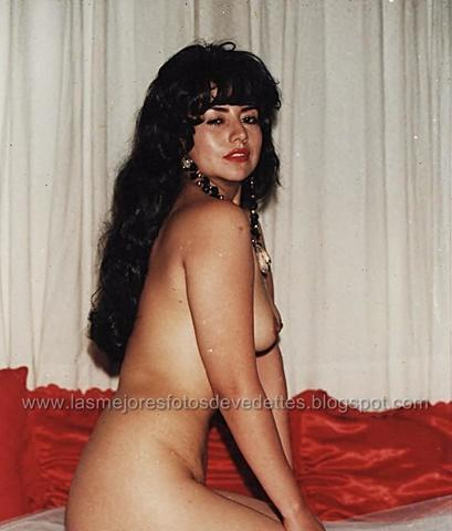 models Ximena Herrera 25 years crude snapshot home