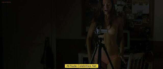 celebritie Zara Taylor 25 years nude image in the club